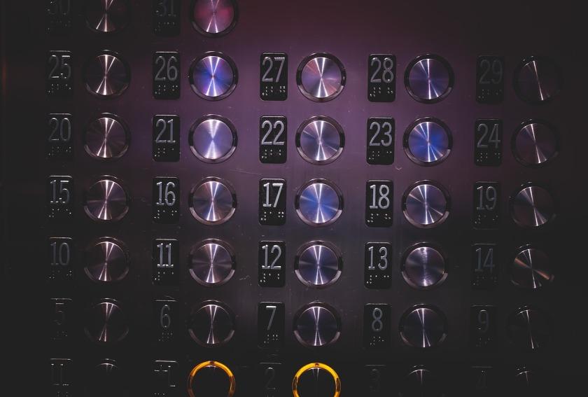 elevator-926058_1280