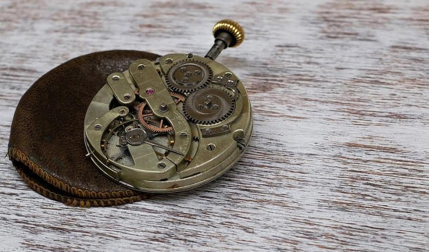 clock-1205634_960_720